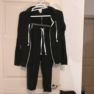 Mossimo Capri pant joggers and hoodie jacket